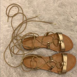 Size 7 Metallic Madden Girl Lace Up Sandals